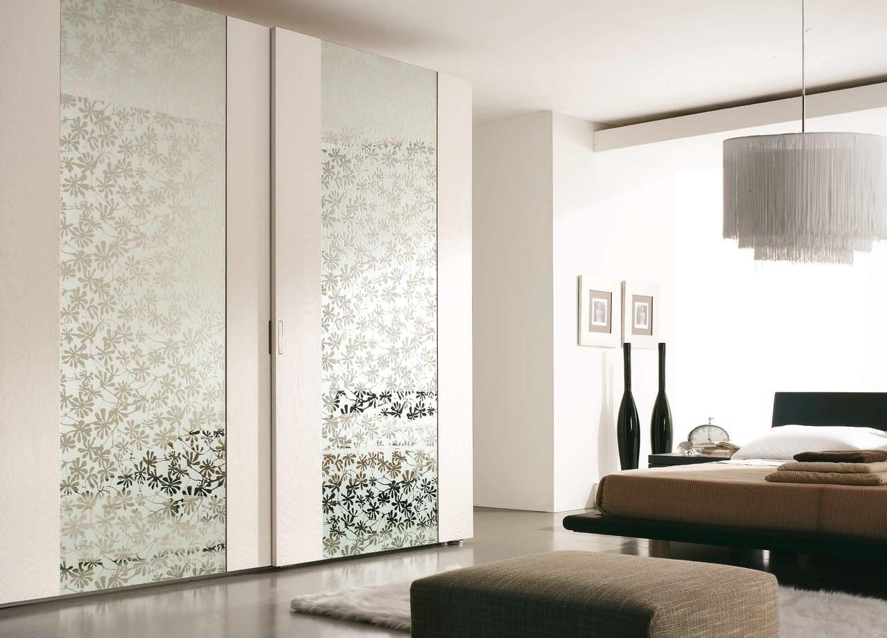 Двери для шкафа с пескоструйным рисунком