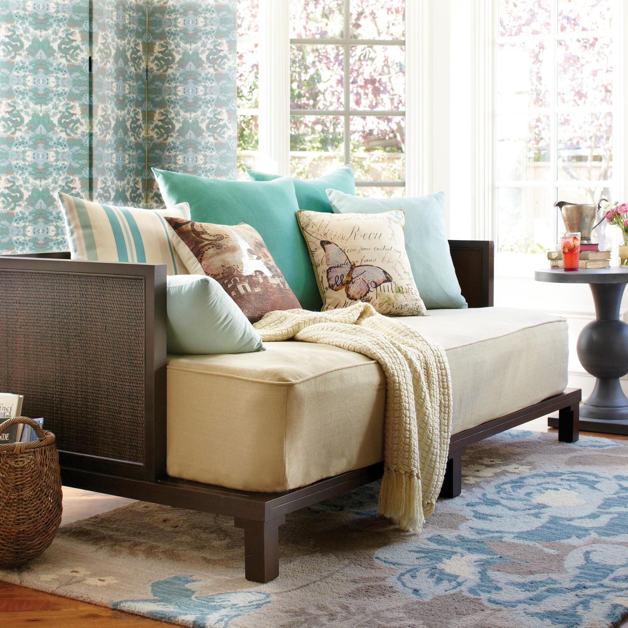 Плетеный диван кушетка