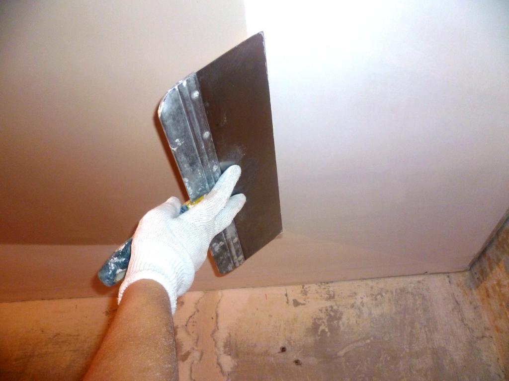 Акриловая шпаклевка для потолка