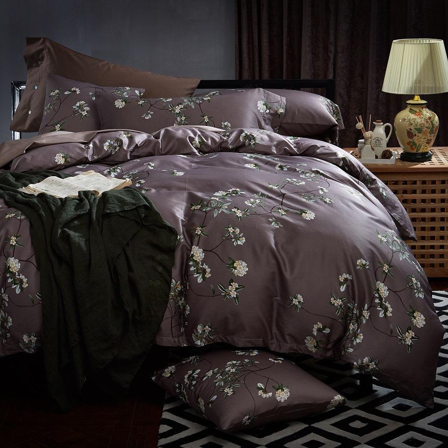Шелковое постельное белье с принтом