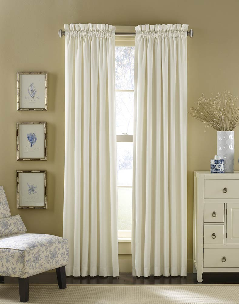 Узкие прямые шторы