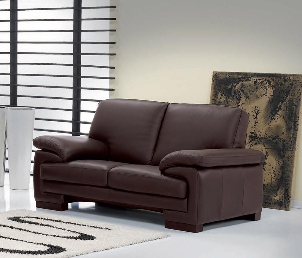 Коричневый раскладной диван
