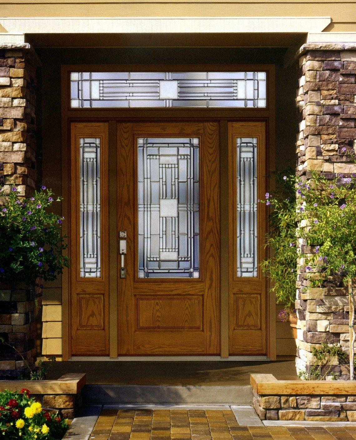 Дверь в дом с расширителем
