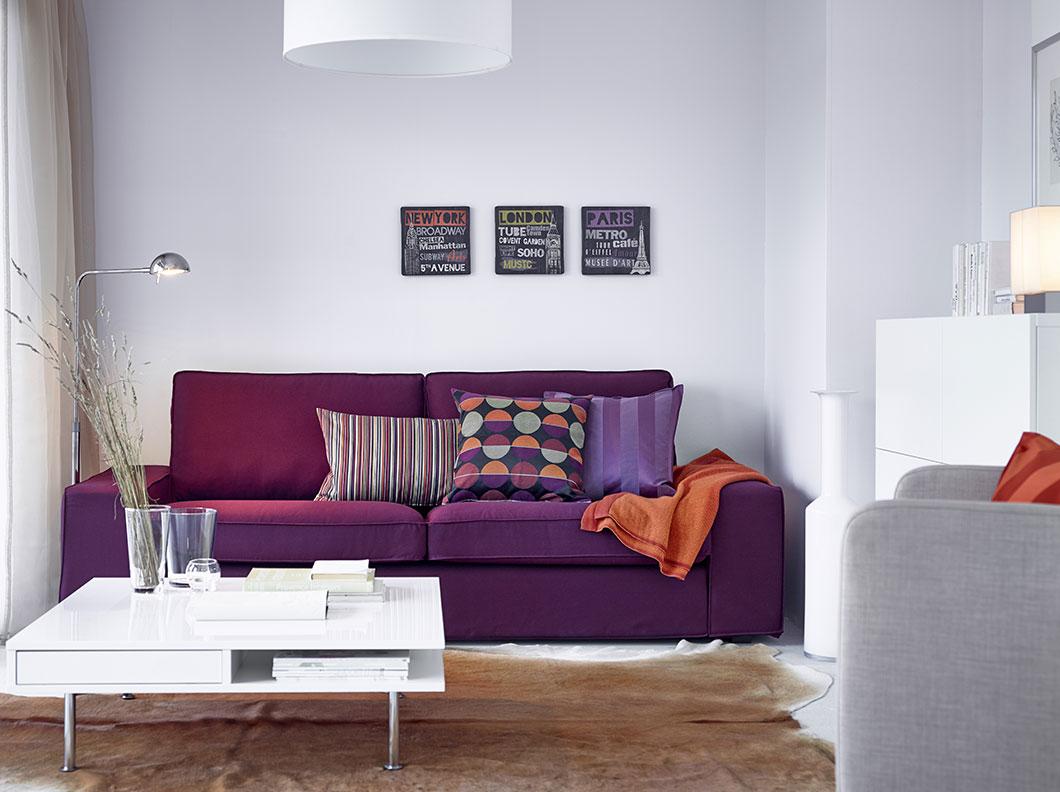 Фиолетовый раздвижной диван