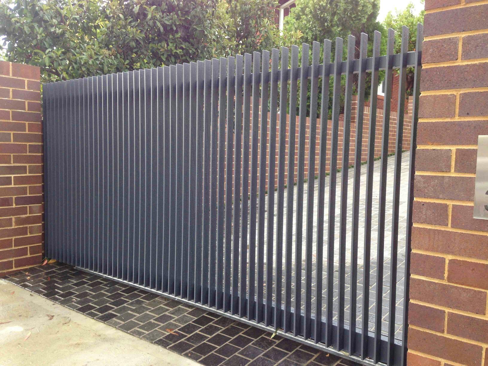 Стальные решетчатые ворота