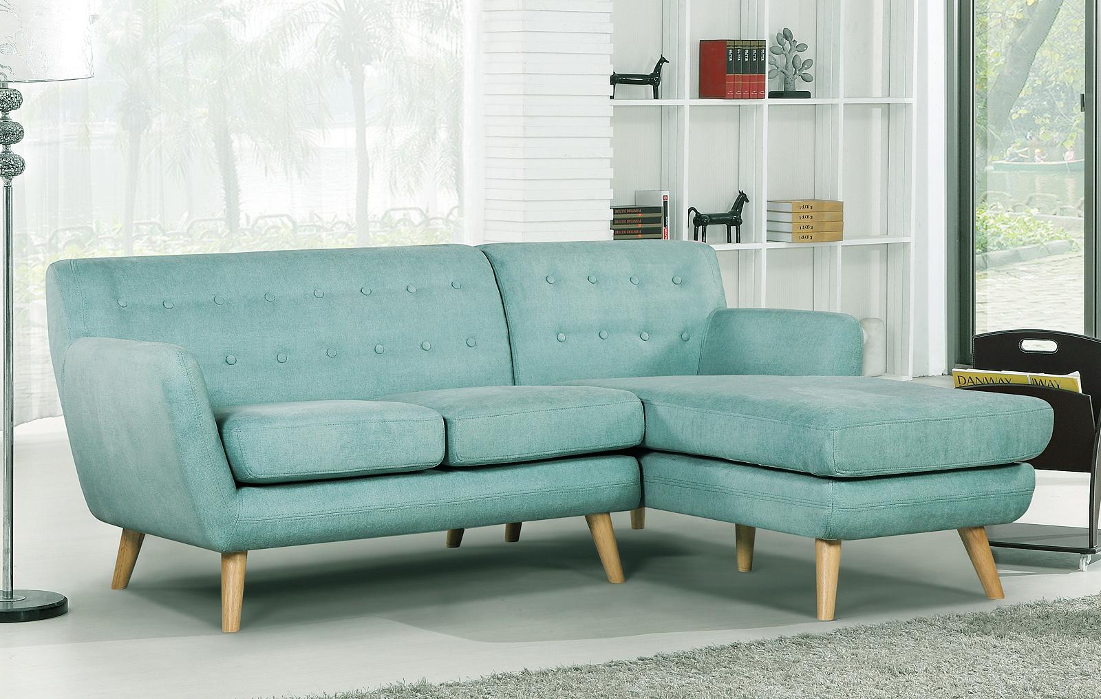 Бирюзовый диван в стиле ретро