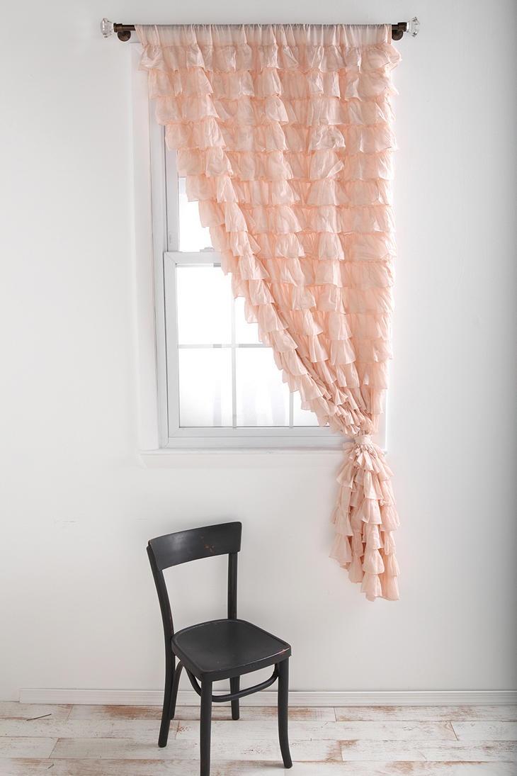 Розовые шторы на одну сторону