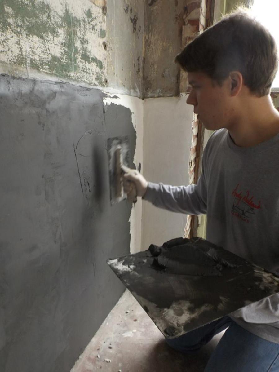 Серая цементная шпаклевка