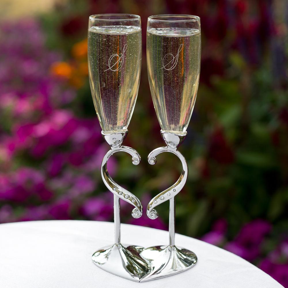 Свадебные бокалы с сердцем