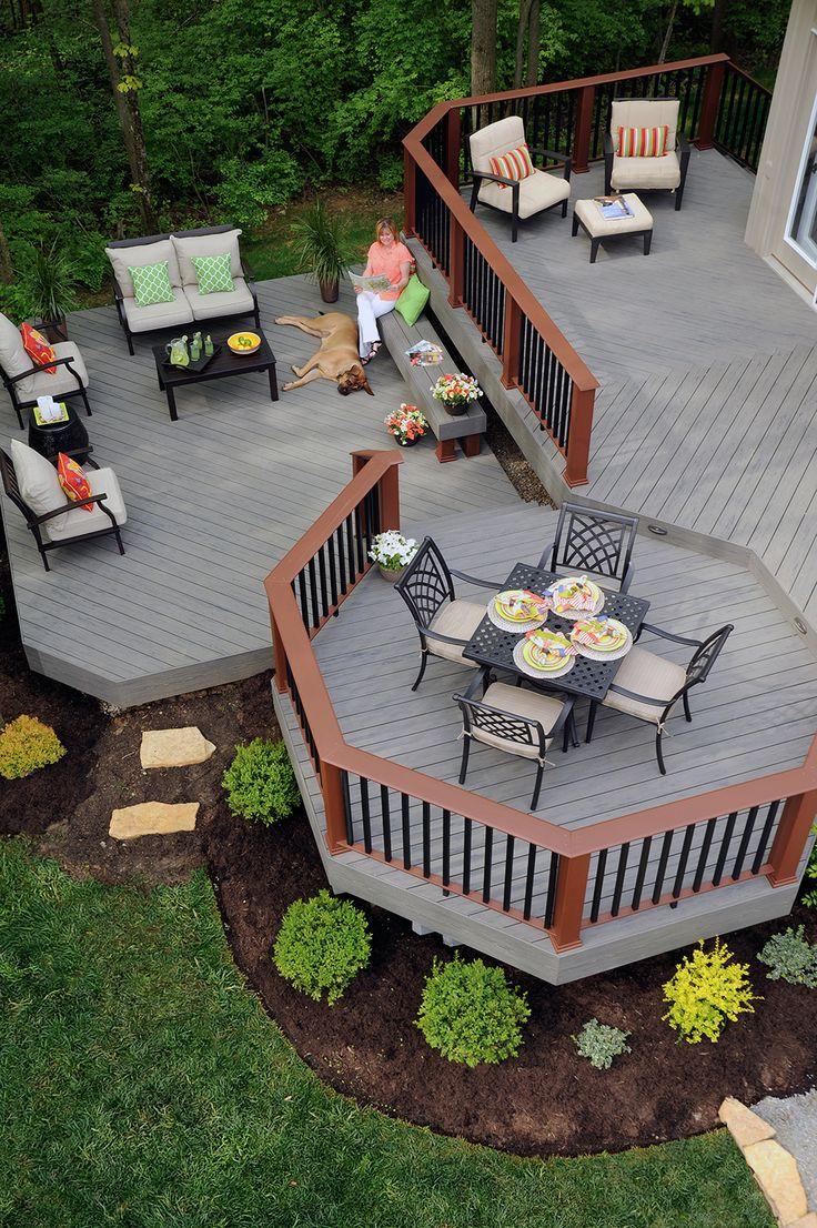 Серый садовый паркет
