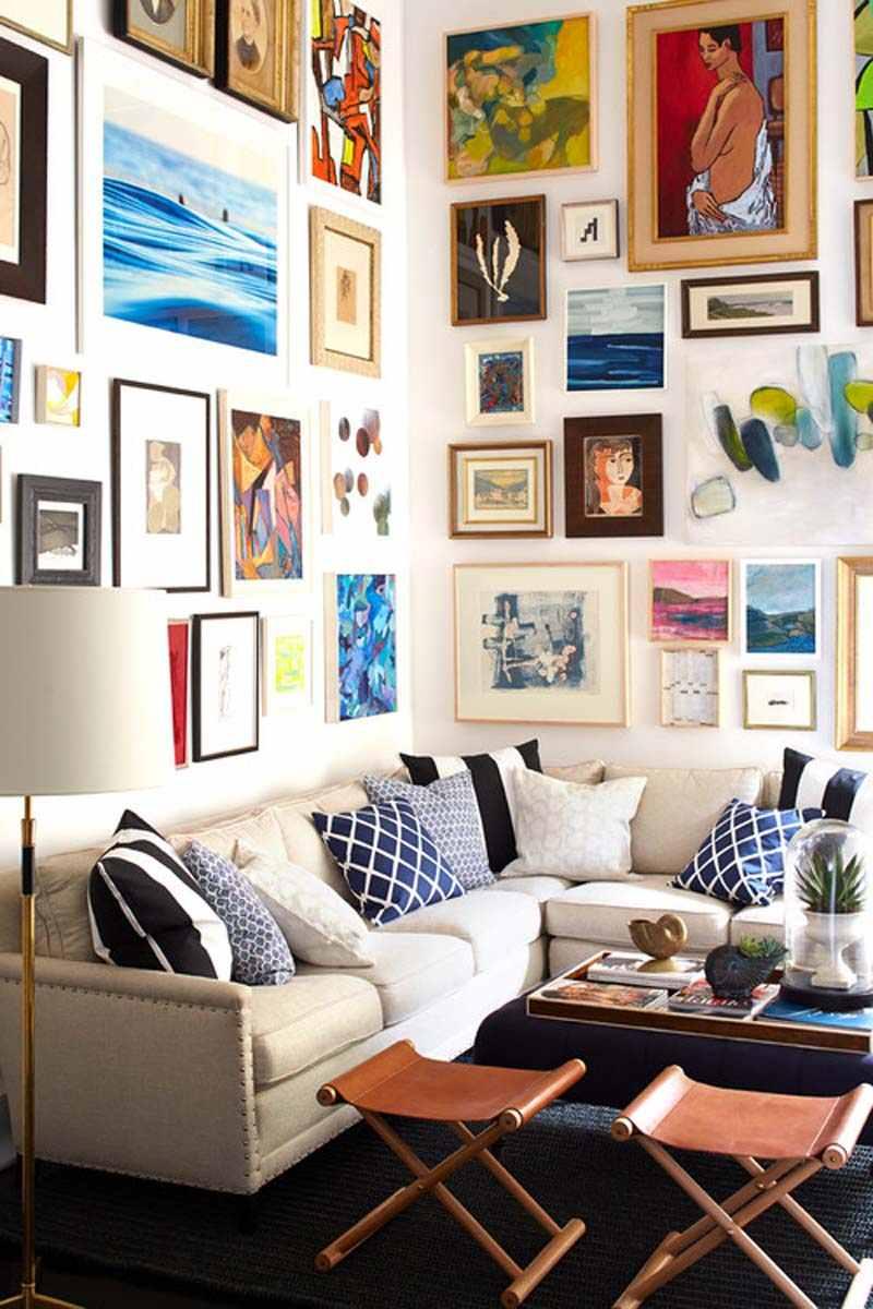 Синие диванные подушки