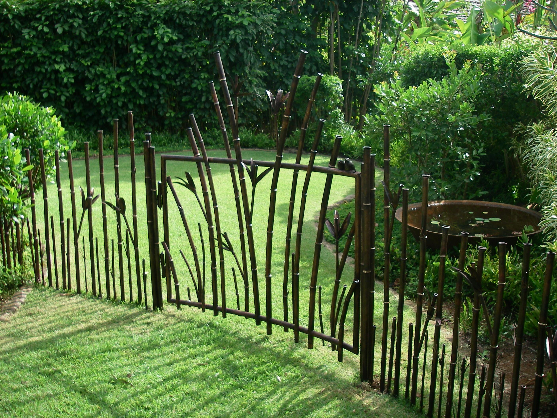 Стальные ворота для дачи