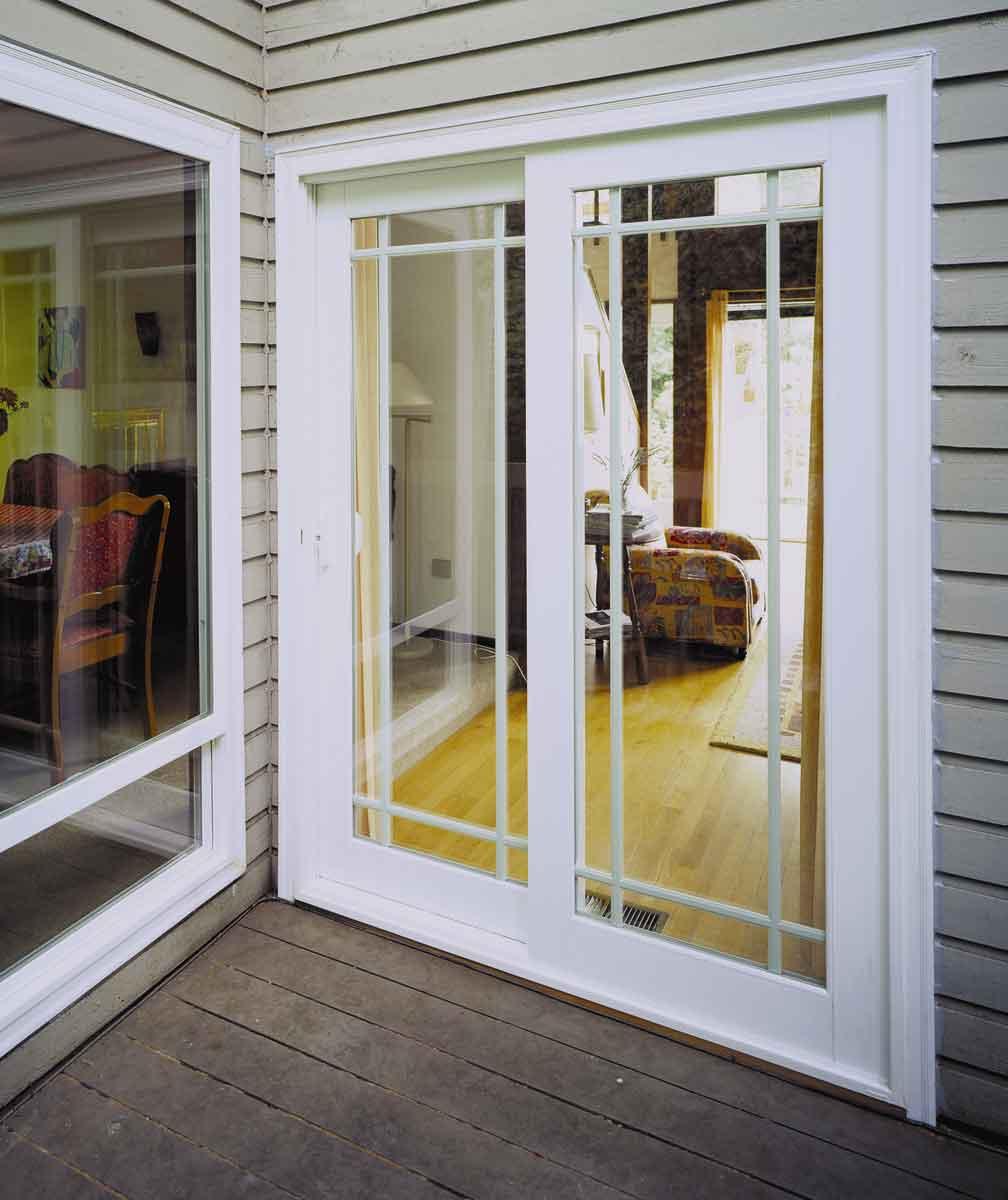 Балконная дверь со стеклом