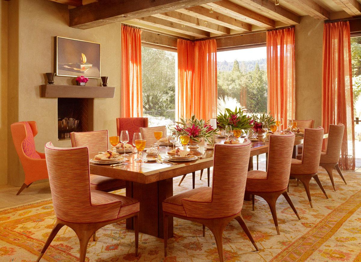 Оранжевые Шторы с Цветами в Интерьере Кухни и Гостиной, Римские и Рулонные Светло Серого Цвета в Спальню и Детскую Комнату
