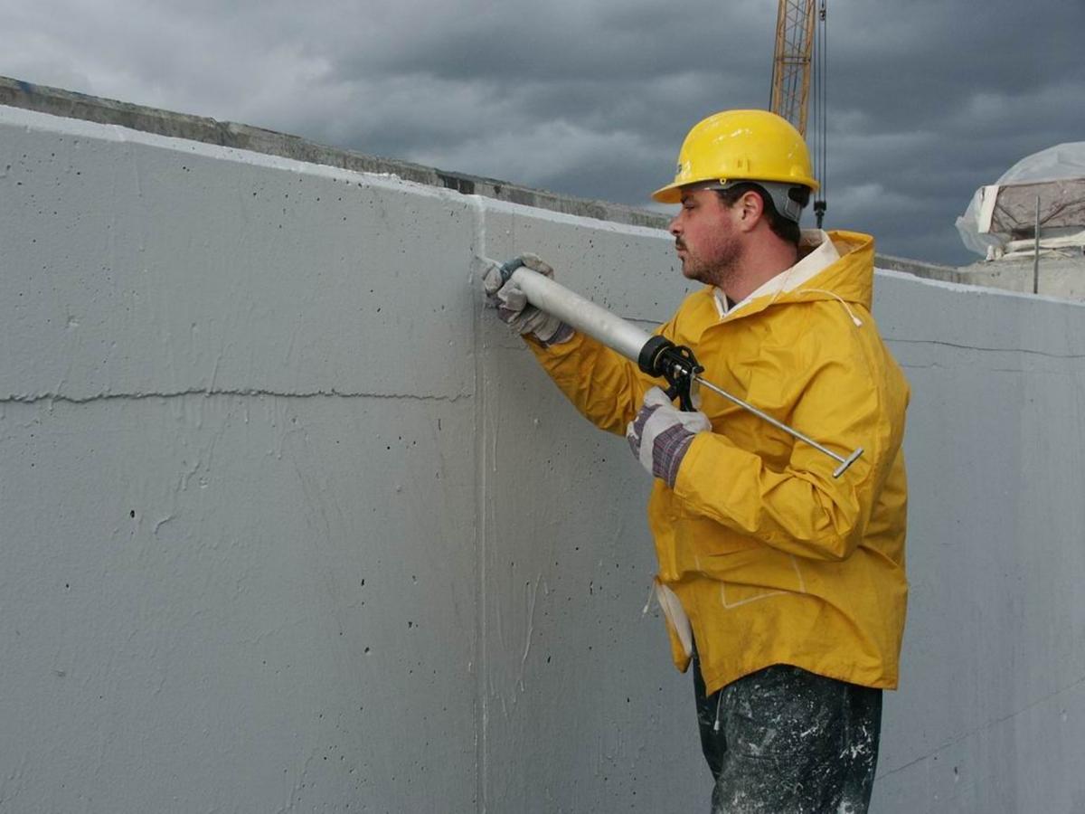 Битумный герметик при строительстве