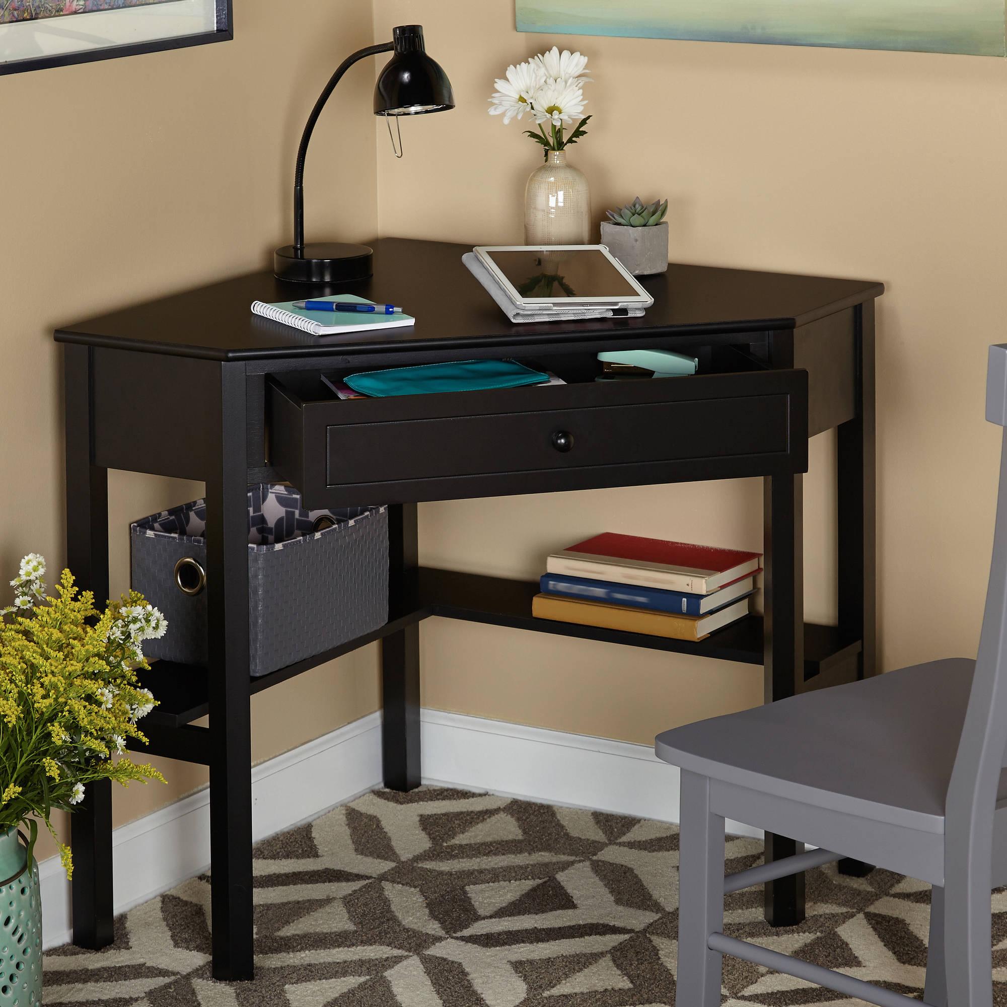 Угловой черный стол для школьника