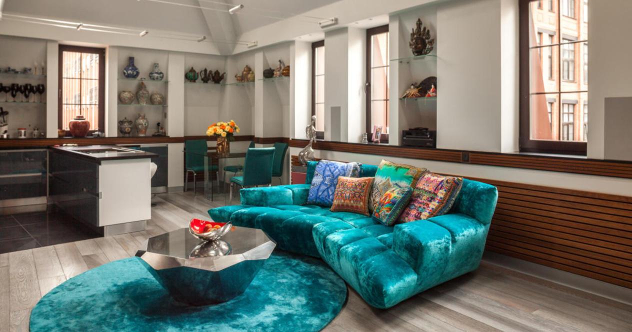 Бирюзовый велюровый диван