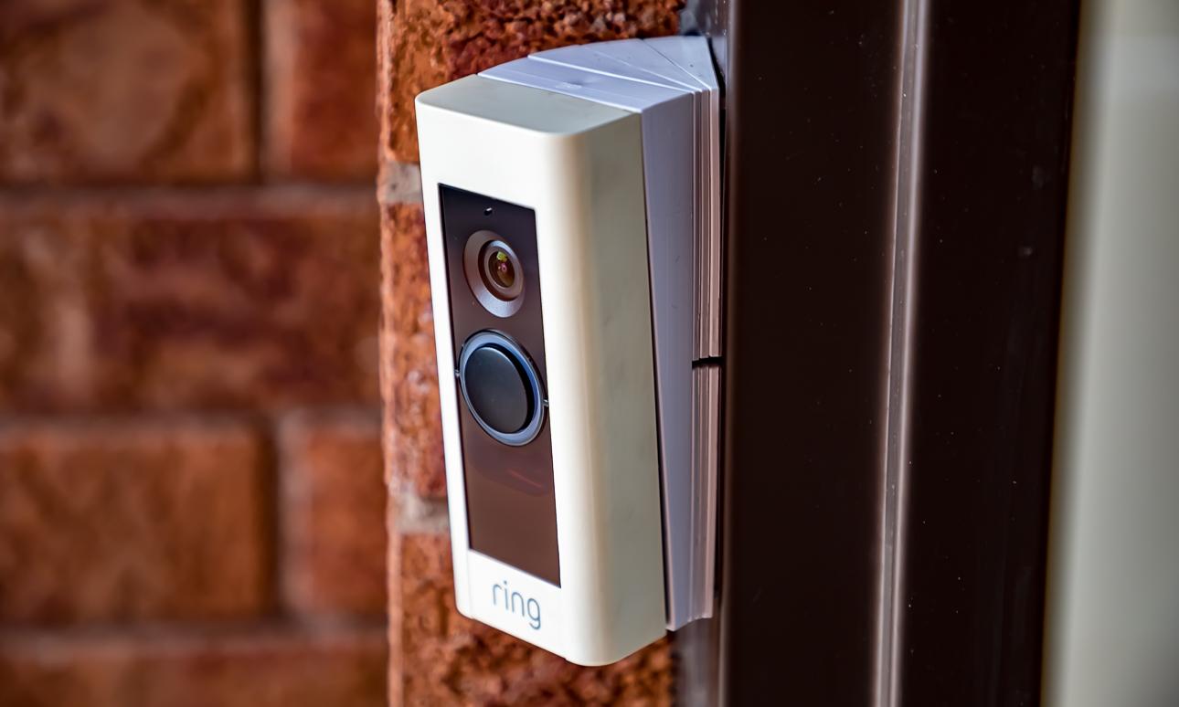 Дверной звонок: виды, особенности строения, рекомендации (23 фото)