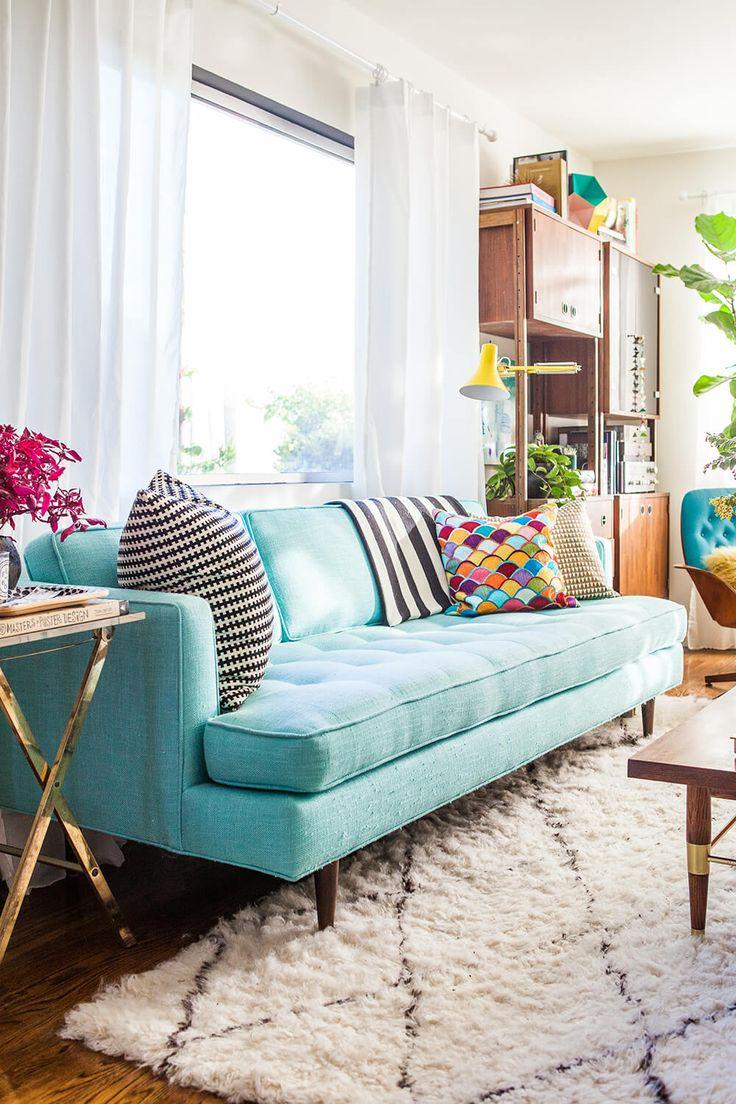 Бирюзовый винтажный диван