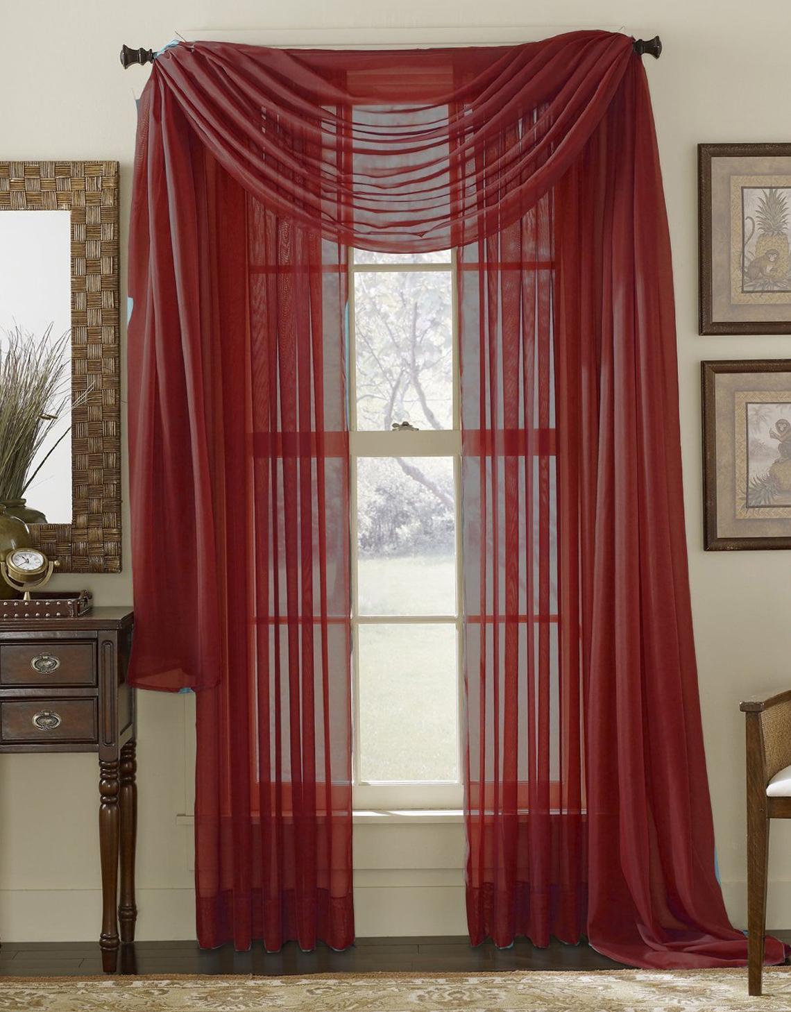 Бордовые шторы из вуали