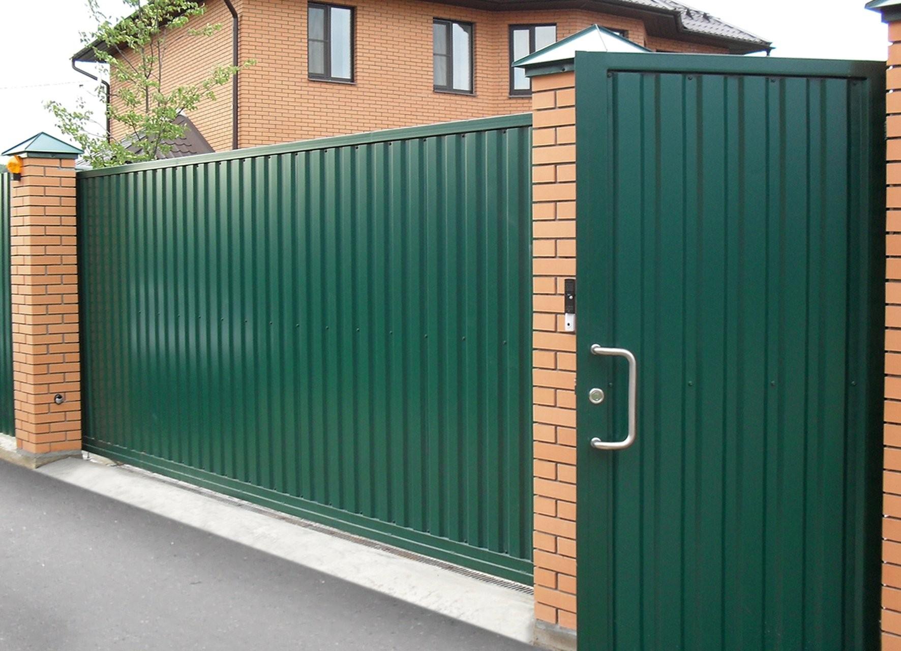 Ворота из профнастила зеленые
