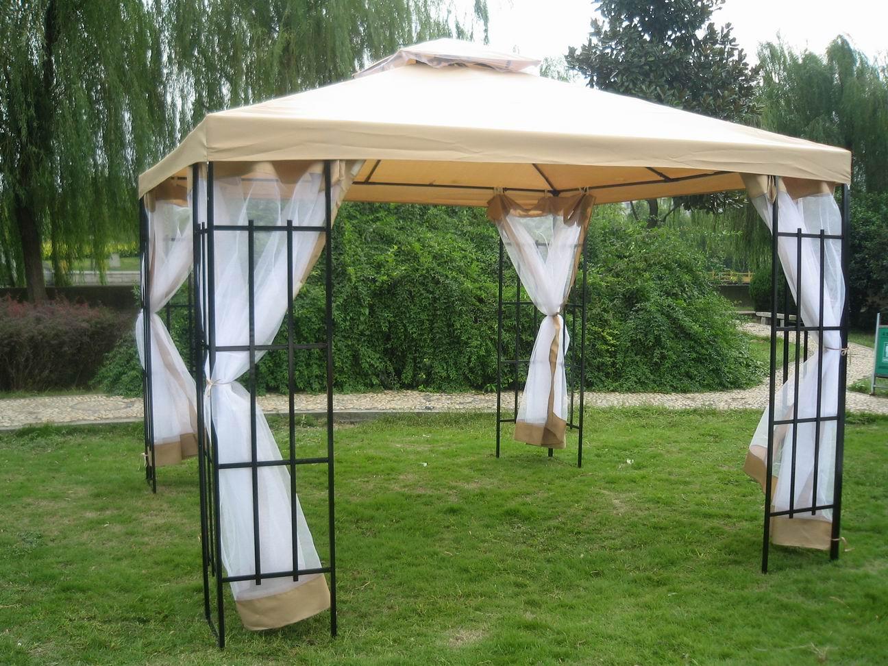 Бежевый садовый шатер