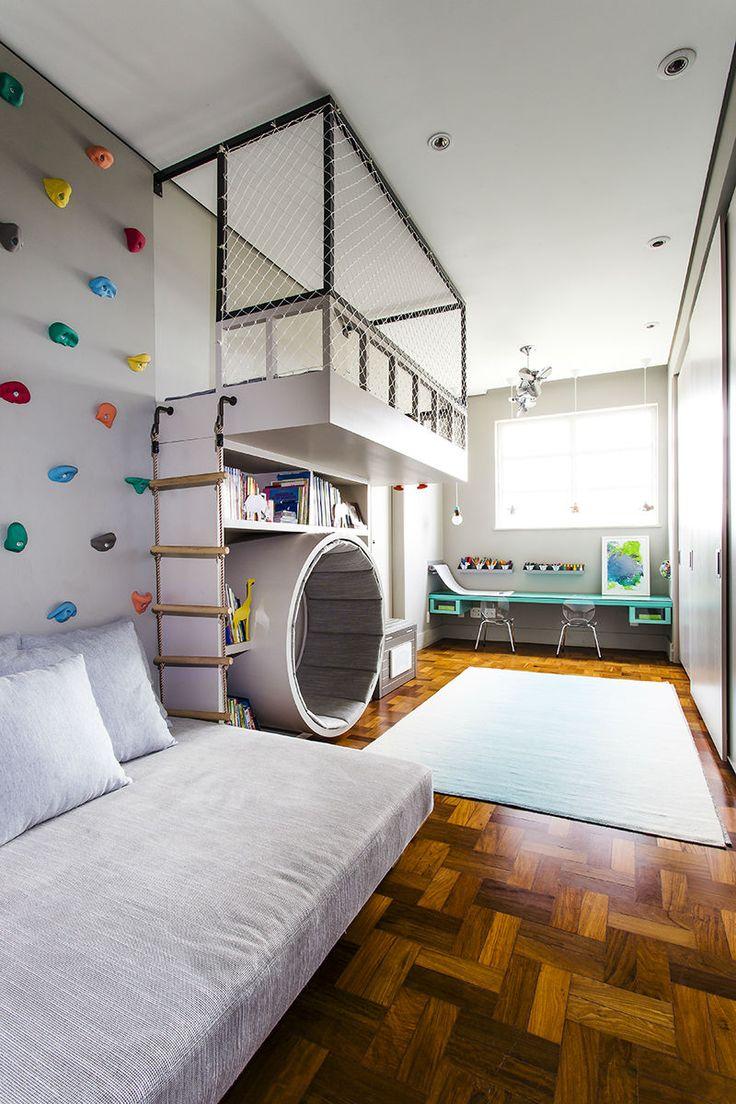 Белая детская комната в стиле лофт