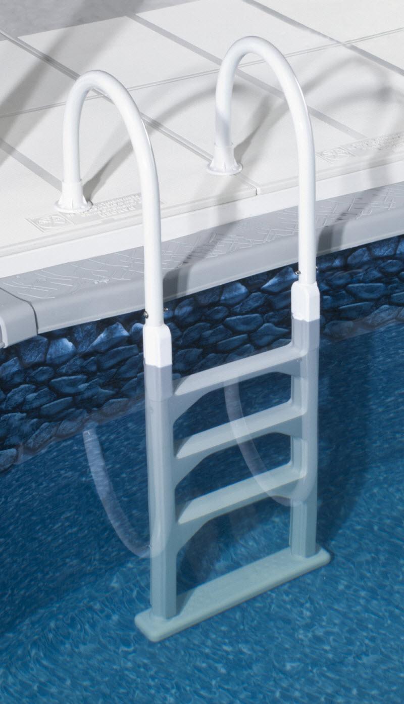 Лестница для бассейна белая