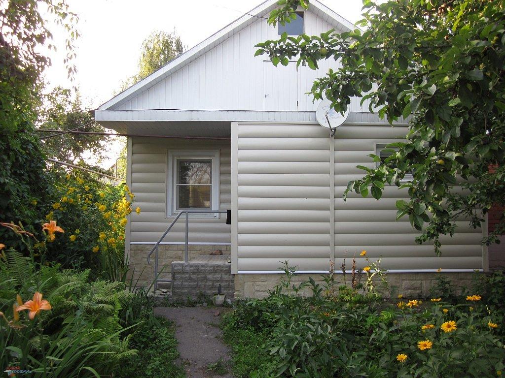 Белый сайдинг блок хаус