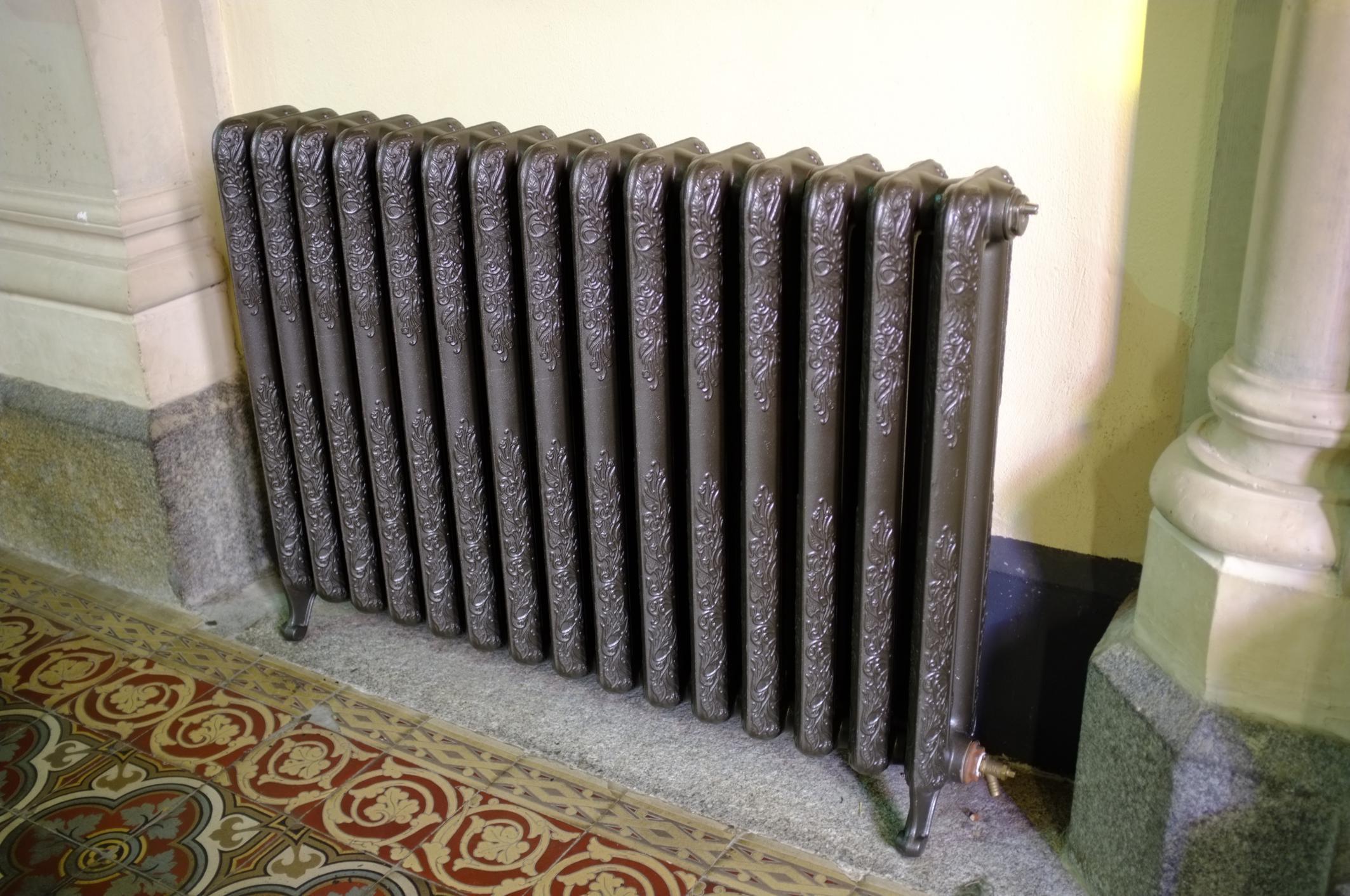 Чугунный водяной радиатор