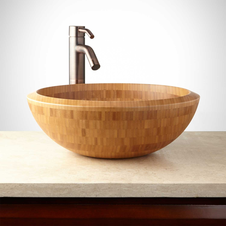 Круглая раковина из дерева