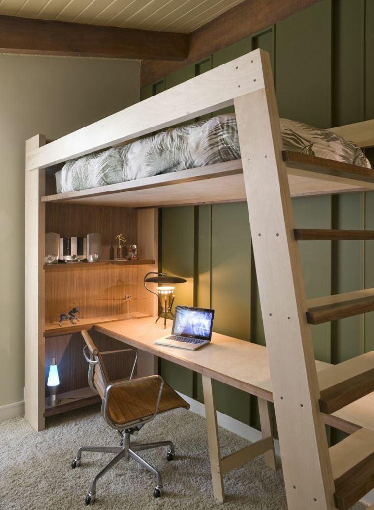 Кровать деревянная в стиле лофт