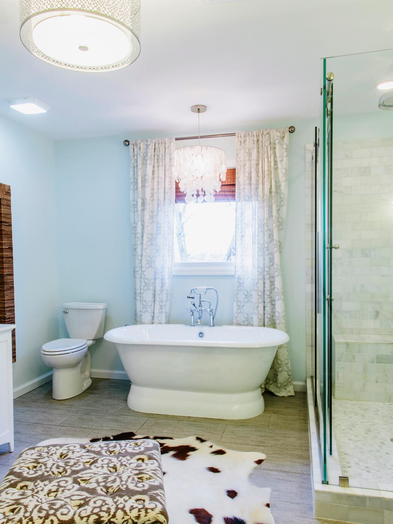 Ванная без раковины в доме
