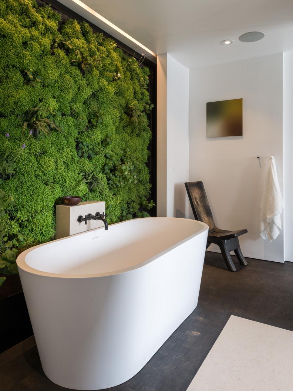 Ванная без раковины в стиле эко