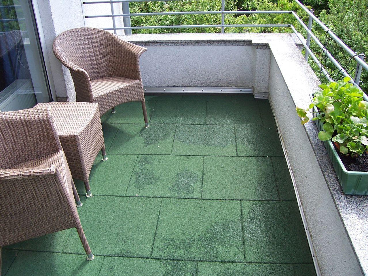 Гибкая плитка на балкон