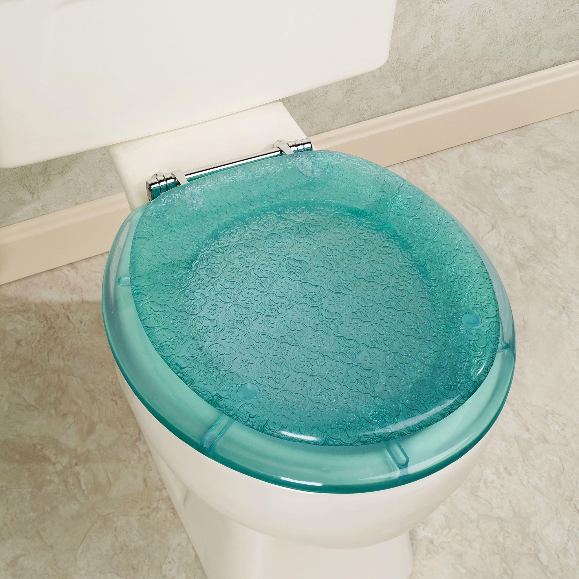 Сиденье для унитаза голубого цвета