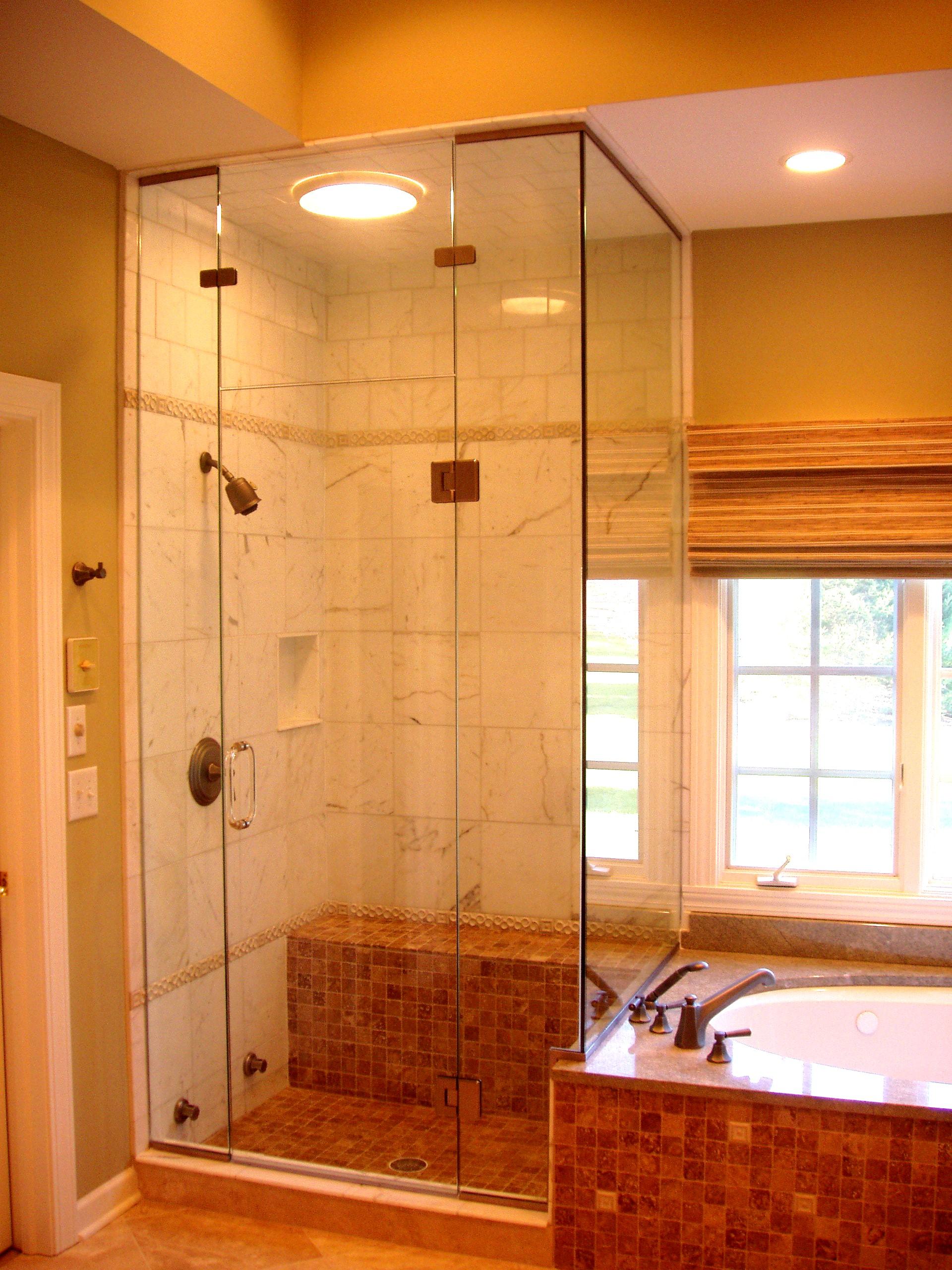 Интерьер ванной без раковины