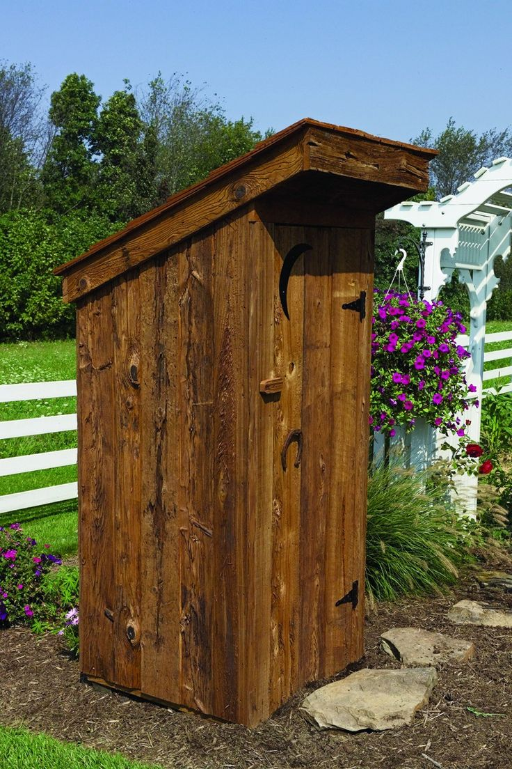 Дачная кабинка туалета