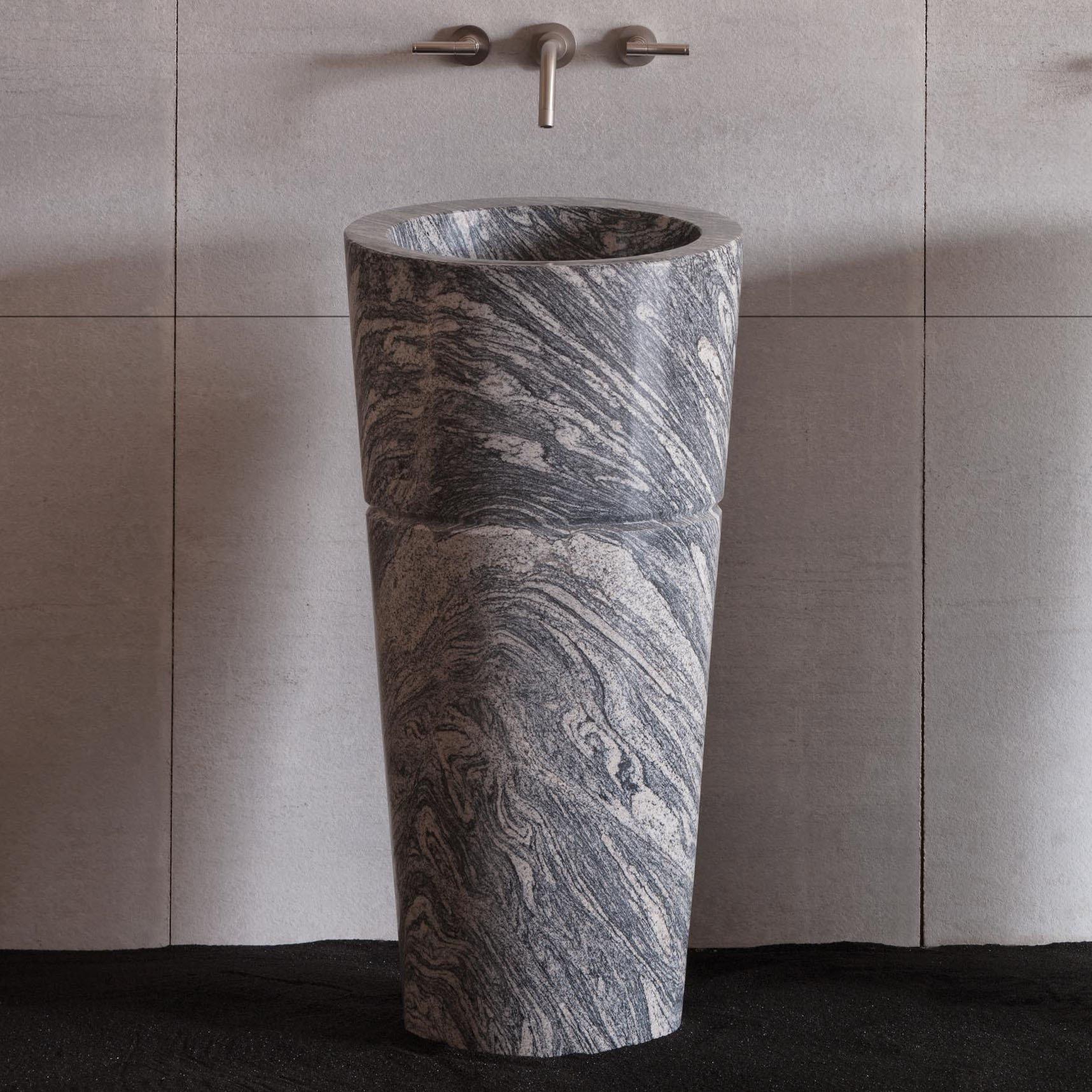 Раковина тюльпан из камня