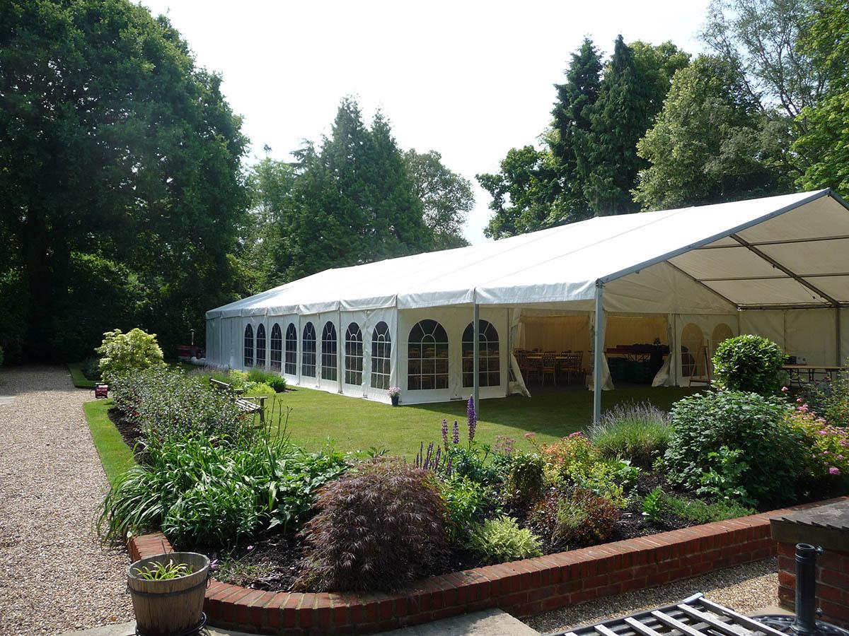 Садовый шатер на металлокаркасе