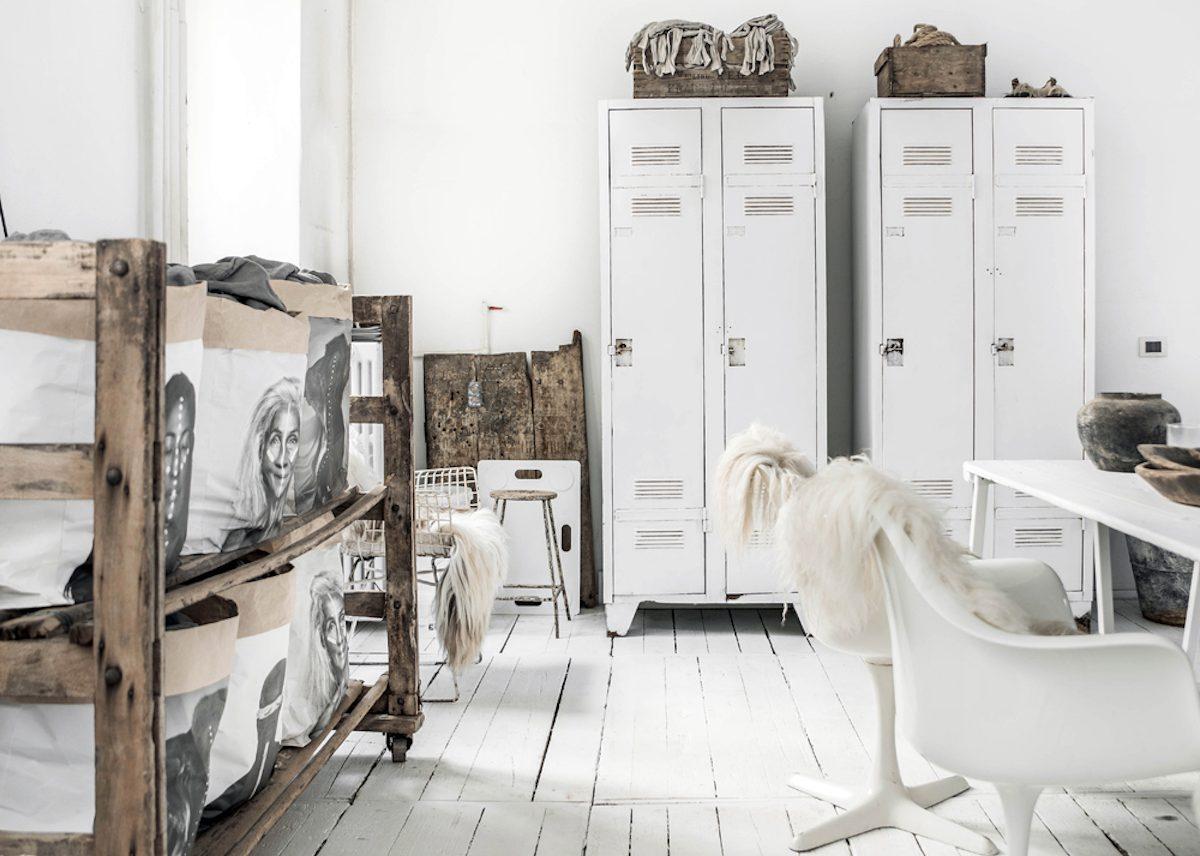 Шкаф лофт на кухне