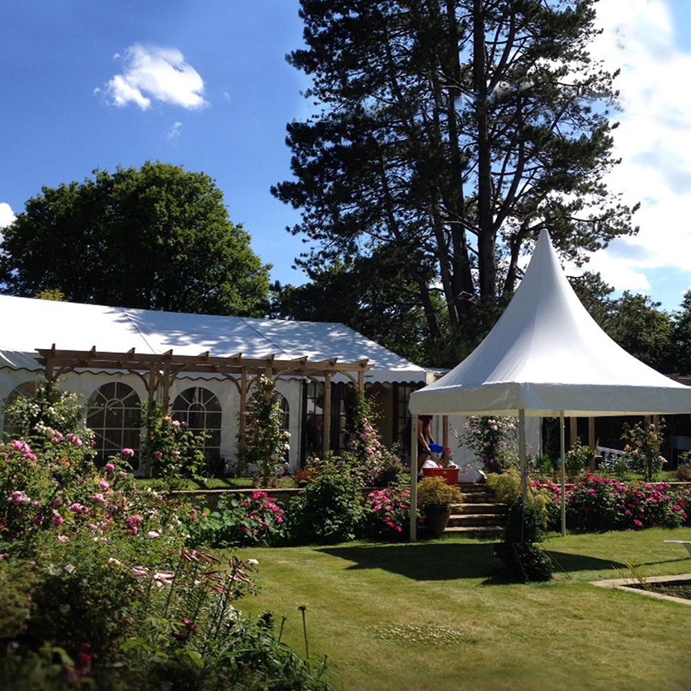Садовый шатер с куполом