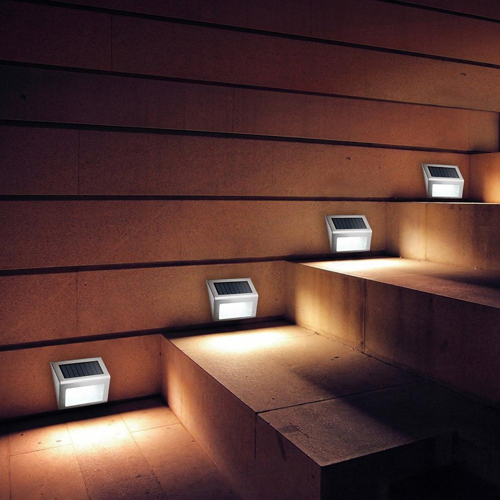 Солнечный светильник для лестницы
