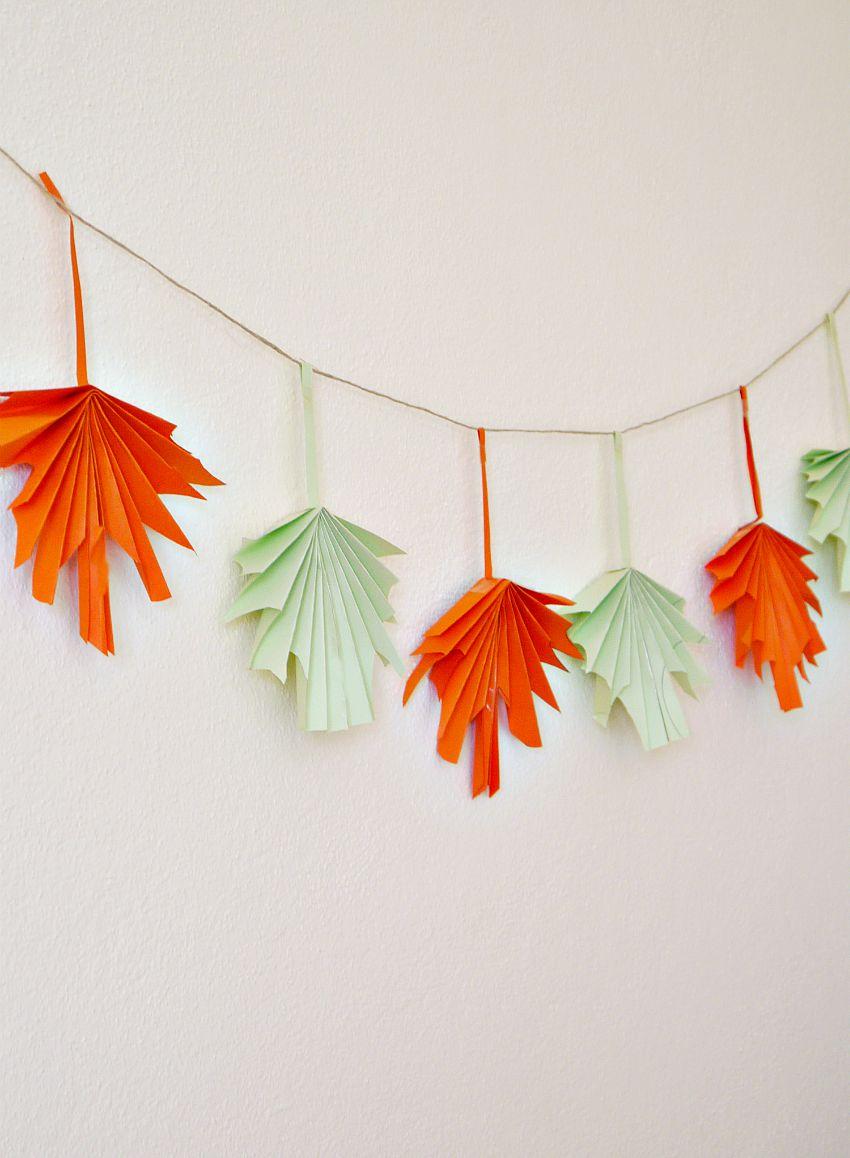 Гирлянда листья из бумаги