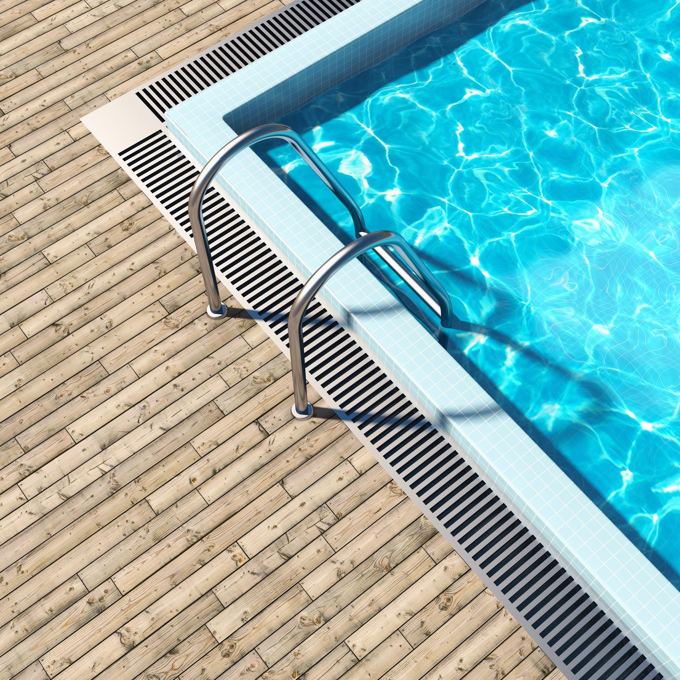 Лестница для бассейна металлическая