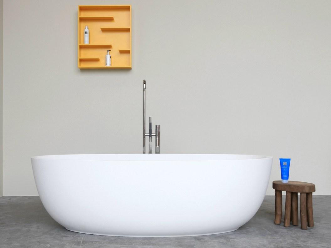Ванная без раковины в стиле минимализм