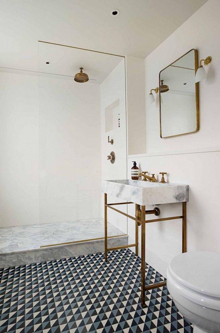 Раковина для ванной из мрамора