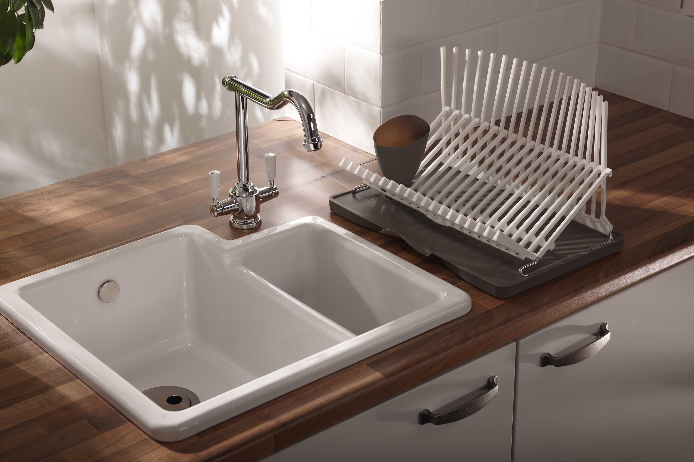 Акриловая раковина в доме: преимущества и особенности материала (30 фото)