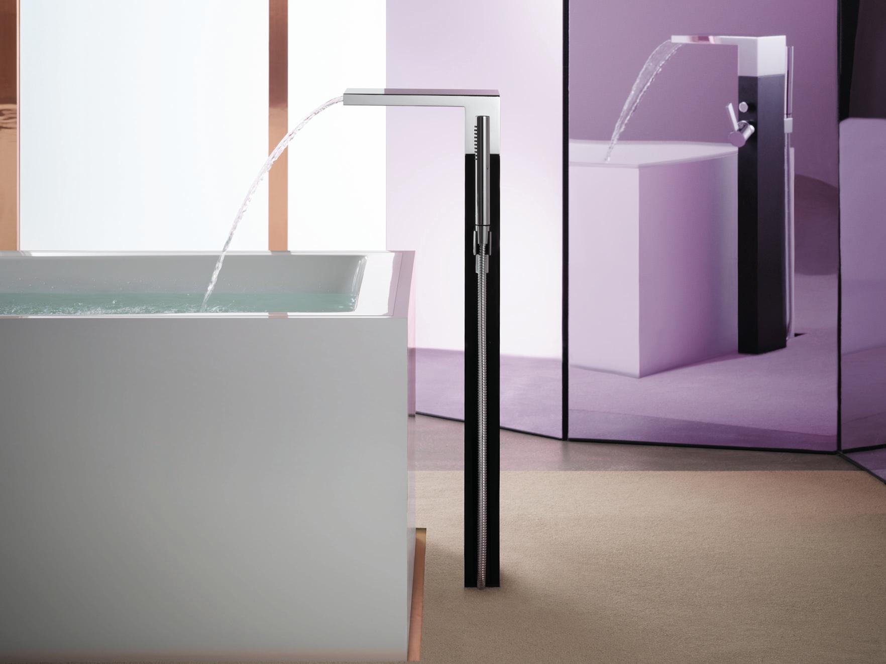 Смеситель напольный для ванной