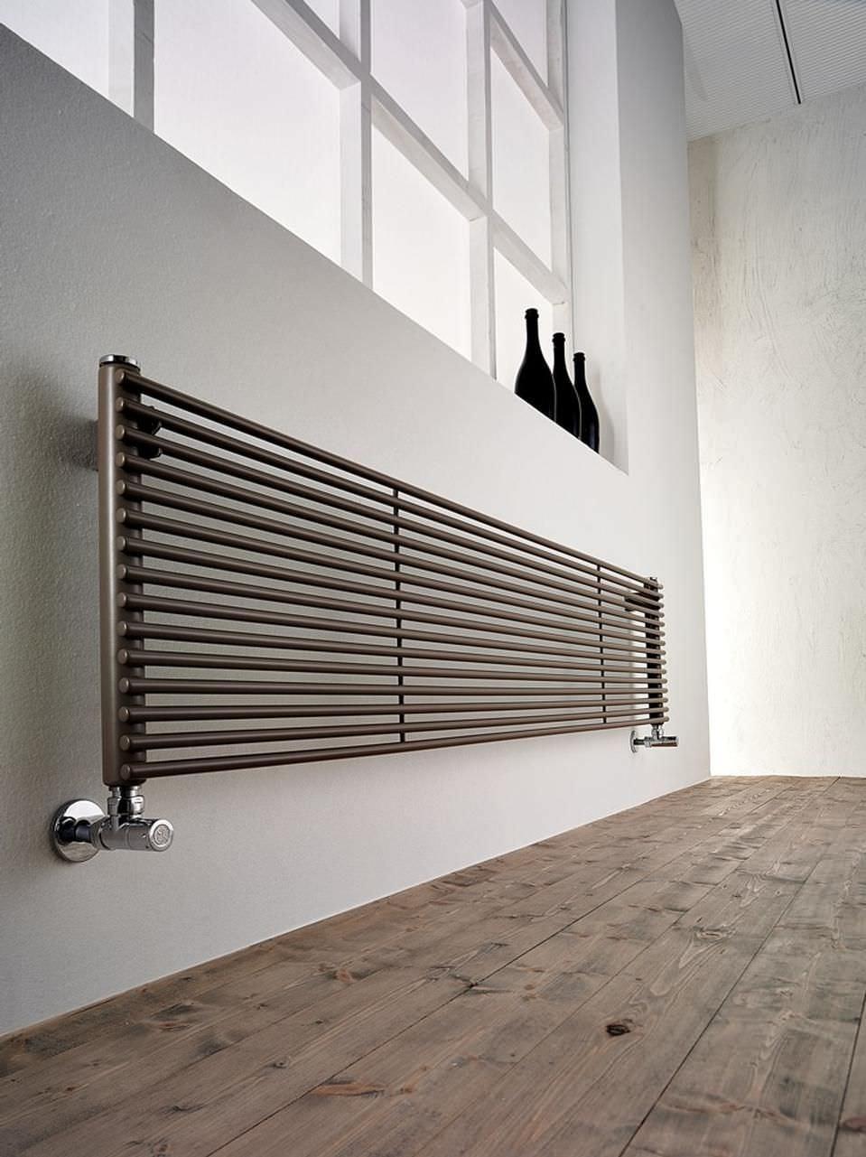Водяной радиатор настенный